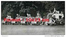 Reproduction D'une Photographie  De La Caravane Publicitaire Redoute Du Tour De France - Reproducciones