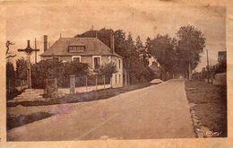 CPA AUBIGNY SUR NERE - ROUTE D'ARGENT - LE CALVAIRE - Aubigny Sur Nere