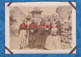 Photo Ancienne - KERNé ( Quiberon ) - Jeunes Filles En Costume & Coiffe à Identifier - 1925 - Morbihan Bretagne Folklore - Lieux