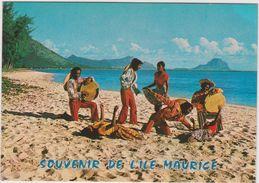 ILE  MAURICE  ,  Souvenir  , Danse  Folklorique - Postcards