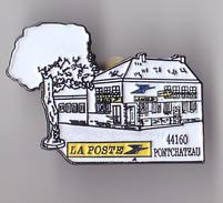 PIN'S THEME POSTE  PONTCHATEAU   EN LOIRE ATLANTIQUE - Mail Services