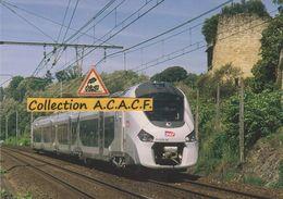 Automotrice Régiolis Z 51509 (TER Bordeaux-Agen), à La Réole (33) - - La Réole