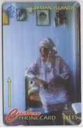 CAYMAN ISLANDS - OLD WOMAN - 163CCIE - Cayman Islands