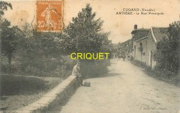 85 Cugand, Antière, La Rue Principale, Homme Assis Au 1er Plan, Rare Carte De Ce Lieu-dit - Andere Gemeenten