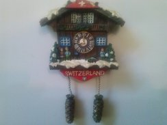 MAGNET - Souvenir  From  Switzerland (6 X6x1 Cm-40 G) - Tourism