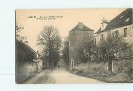 AVALLON : Rue De La Fontaine Neuve Et Tour Des Vaudois. TBE. 2 Scans. Edition ? - Avallon