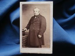 CDV Photo Quesnel Et Gosselin à Flers De L'Orne - Second Empire Notable (Mr Corbière), Circa 1865  L343 - Ancianas (antes De 1900)