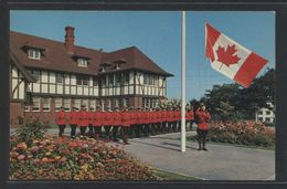 Canada. *A Troop Of The World Famous Royal Canadian Mounted Police...* Nueva. - Canadá
