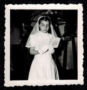 Photo 6 X 6 - Petite Fille Communiante En 1959 --- Del002 - Photographs