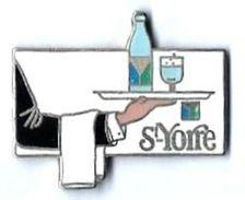 EAU - ST YORRE - SY2 - Plateau Avec Bouteille Et Verre - Verso : SM - Beverages