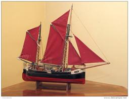Modelisme_maquette Bateau_chaloupe Ostendaise à Deux-mâts - Décoration Maritime