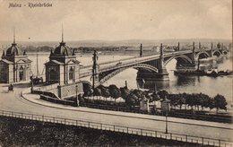 CPA Originale Allemagne - Mainz - Rheinbrücke - Bateau Vapeur Passant Sous Le Pont Du Rhin - Stengel 2284 - Mainz