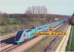 """TGV """"Ouigo"""" Pour Marne-la-Vallée, à Brienon-sur-Armançon (89) - - Brienon Sur Armancon"""