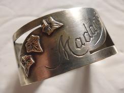Joli Rond De Serviette Metal Argenté Ajouré-madame-poinçons OG Et 2 - Silverware