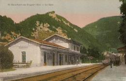 ST-RAMBERT-EN-BUGEY  ( Ain )  -  LA  GARE  /  Train  En  Gare - Stations With Trains