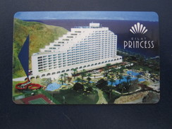 HOTEL MOTEL INN CLUB HOLIDAY PRINCESS TEL AVIV TIBERIAS DEAD SEA HAIFA JERUSALEM TIBERIAS EILAT KEY TOWEL CARD ISRAEL - Hotel Labels