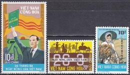 Südvietnam Vietnam South 1974 Wirtschaft Landwirtschaft Viehzucht Ackerbau Reis Präsidenten, Mi. 553-5 ** - Viêt-Nam
