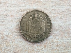 1957 (61) Spain Espana 1 Una Pesetas Coin,  VF Very Fine - 1 Peseta