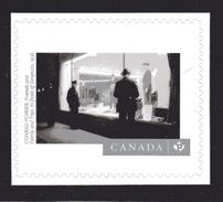 """CANADA, 2015,  #2818    CANADIAN PHOTOGRAPHY : Friends & Family &Trips   In Front Of Simpsons  """"P"""" STAMP - Carnets"""