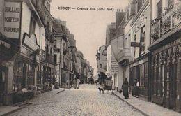 CPA  Redon Grande Rue - Redon