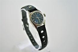 Watches : TISSOT SEASTAR LADIES HAND WIND - Original - Swiss Made - Running - Excelent Condition - Horloge: Modern