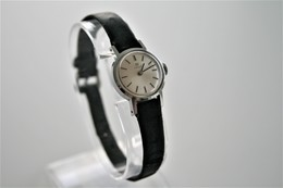 Watches : TISSOT LADIES AUTOMATIC - Original - Swiss Made - Running - Excelent Condition - Watches: Modern