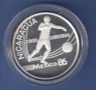 Nicaragua Silbermünze 2000 Cordobas Fussball WM Mexiko 1986 Spieler Mit Ball - Central America
