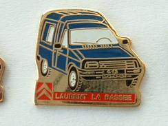 PIN'S CITROËN - LAURENT LA BASSEE - C15 BLEU - Citroën