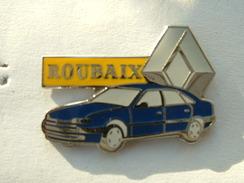 PIN'S RENAULT SAFRANE BLEUE - ROUBAIX - Renault