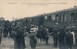 G158 - 01 - AMBÉRIEU - Ain - Réception Des Grands Blessés à Leur Passage à Ambérieu En Rentrant D'Allemagne - Otros Municipios