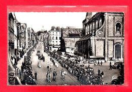 62-CPSM BOULOGNE SUR MER - LA PROCESSION DE NOTRE DAME DE BOULOGNE - (N°2816) - Boulogne Sur Mer