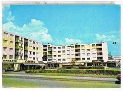 42  SAINT  CHAMOND    PLACE  DE SAVOIE  QUARTIER    DE FONSALA  CPM TBE    1K846 - Saint Chamond