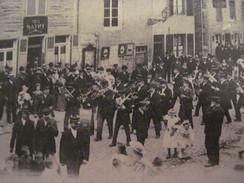Fumay La Philharmonique Libre Dans La Grande- Rue 14 Novembre 1909 - Fumay