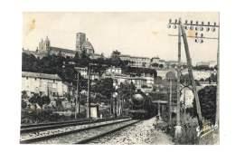 Angoulême - La Ville Vue De La Ligne Paris Bordeaux - Train  - 52 - Angouleme