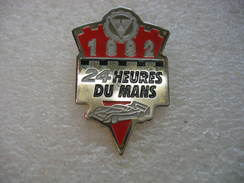 Pin's Des 24 Heures Du MANS De L'année 1992 - Rallye