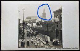 Sombreffe 1918 Rue De La Station (?) Cortège Défilé 1918 Photocarte - Sombreffe