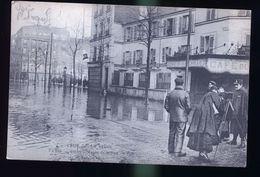 PARIS INONDATIONS LA PHOTOGRAPHE - Paris Flood, 1910