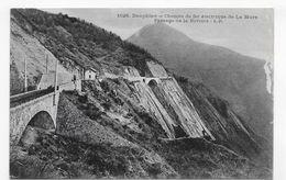 LA MURE EN 1918 - N° 1526 - CHEMIN DE FER ELECTRIQUE DE LA MURE - PASSAGE DE LA RIVOIRE - CPA VOYAGEE - La Mure