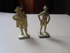 """Ancien - 2 Fèves En Métal """"Jim Bridger & Musketeer 1"""" - Characters"""