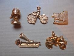 """Ancien - 5 Fèves En Métal """"Inventions 19ème Siècle"""" - History"""