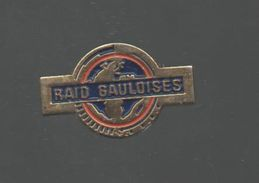 PINS PIN'S AUTO RALLYE RAID GAULOISES CIGARETTE METAL 22 X 14 MMS - Car Racing - F1