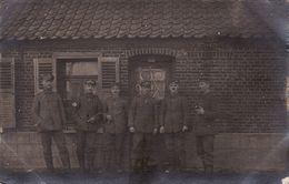 CP Photo 1916 MONCHECOURT ??? - Soldats Allemands Du RIR 104 (A185, Ww1, Wk 1) - France