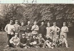 Militaria - Carte Photo -    Groupe De Soldats  Bléssés  Du 2é 211é 132é Régt.  A MONGRE - Régiments