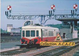 """Autorail """"Picasso"""" X 3835, En Gare De Saintes (17) - - Saintes"""