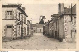 MOUSTOIR REMUNGOL - Une Rue Du Bourg. - Altri Comuni