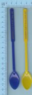 """Melangeur A Boisson, Touilleur, 2 Fois """" Souvenir Club V-41-St. Jean Quebec  Type: Feuille D'Érable - Swizzle Sticks"""