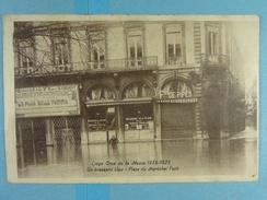 Liège Crue De La Meuse 1925-1926 Un Brassard Bleu Place Du Maréchal Foch - Liege