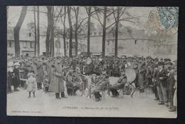 CPA - Guingamp - Côtes-du-Nord - La Musique Du 48ème Sur Le Vally - Fanfare Instrument Musique Militaire - Guingamp