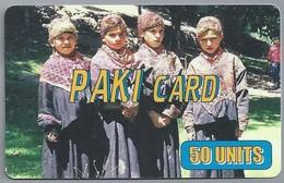 IT.- INTERNATIONAL PHONECARD. PAKI CARD. 50 UNITS. CARTE TELEFONICA PREPAGATA. 2 Scans. - Italië