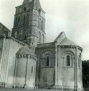 AULNAY De SAINTONGE L'église Vers 1960 CHARENTE-MARITIME 17 GRANDE PHOTO - Lieux